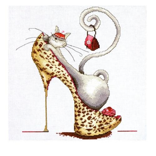 Кошка - Модница